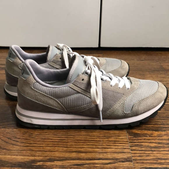Brooks Shoes | Womens Chariot Sneakers